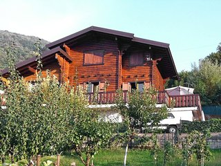 Nice House with Internet Access and Television - Schignano vacation rentals
