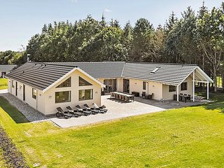 Perfect House with Shared Outdoor Pool and Television - Kappeln vacation rentals