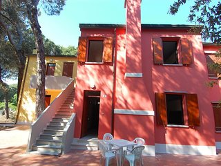 Comfortable Apartment with Balcony and Parking - Rosolina vacation rentals