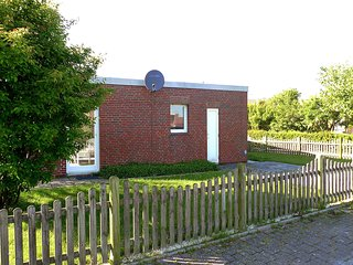 Nice House with Internet Access and Television - Norddeich vacation rentals