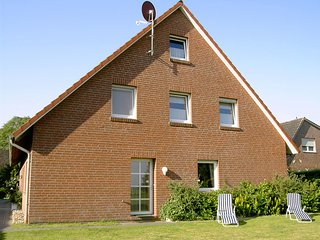 Adorable Apartment in Dornumersiel with Television, sleeps 5 - Dornumersiel vacation rentals