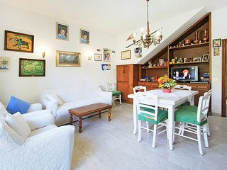 4 bedroom House with Internet Access in Forte Dei Marmi - Forte Dei Marmi vacation rentals