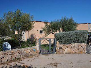 2 bedroom House with A/C in San Teodoro - San Teodoro vacation rentals