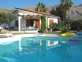 Nice Castellammare del Golfo House rental with Internet Access - Castellammare del Golfo vacation rentals