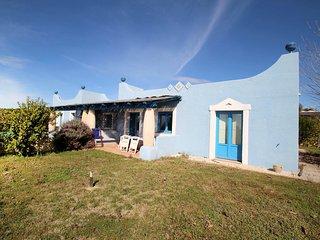Bright 2 bedroom Sampieri House with Internet Access - Sampieri vacation rentals