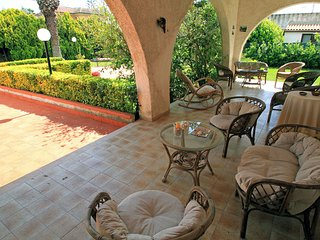 Nice 3 bedroom House in Siracusa with A/C - Siracusa vacation rentals
