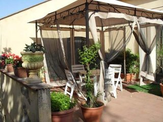 Nice House with A/C and Shared Outdoor Pool - Catania vacation rentals