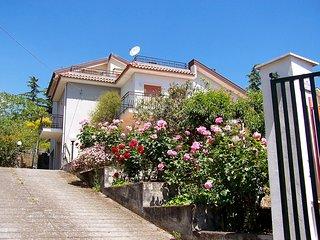 Nice 4 bedroom House in Riposto - Riposto vacation rentals