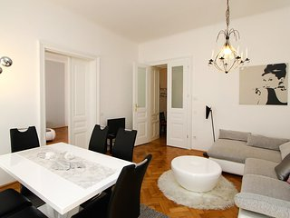 Bright Neubau Apartment rental with Television - Neubau vacation rentals