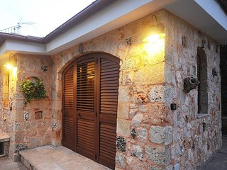 3 bedroom House with Internet Access in Racale - Racale vacation rentals