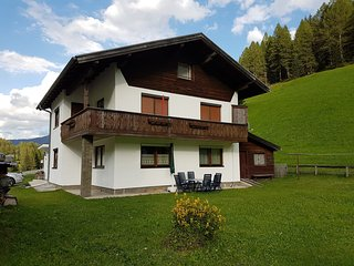 Spacious 4 bedroom House in Gries am Brenner with Internet Access - Gries am Brenner vacation rentals
