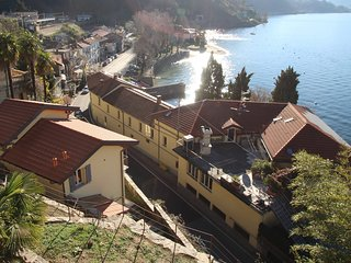 Beautiful 2 bedroom Luino House with Internet Access - Luino vacation rentals