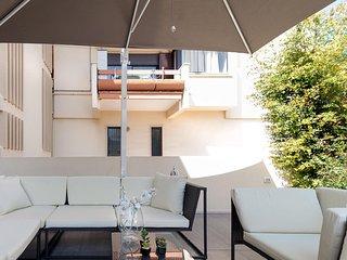 Comfortable Condo with Television and A/C - Cannigione vacation rentals