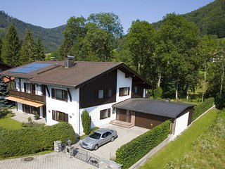 Comfortable 2 bedroom Ruhpolding Apartment with Shared Outdoor Pool - Ruhpolding vacation rentals