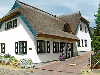 Gorgeous House in Gross Zicker with Television, sleeps 4 - Gross Zicker vacation rentals