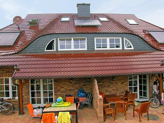 4 bedroom House with Internet Access in Gross Zicker - Gross Zicker vacation rentals