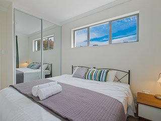 No.1 Tidy Twin Room With Private Bathroom - Rhodes vacation rentals
