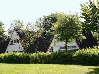 Nice House with Internet Access and Shared Outdoor Pool - Ostseebad Damp vacation rentals