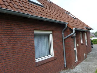 Cozy 2 bedroom Apartment in Norddeich with Internet Access - Norddeich vacation rentals
