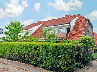 Bright Condo with Television and DVD Player - Norddeich vacation rentals