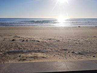 Sunny, 3-bedroom house in Oropesa with a furnished terrace and sea views – 200m from the beach! - Oropesa Del Mar vacation rentals