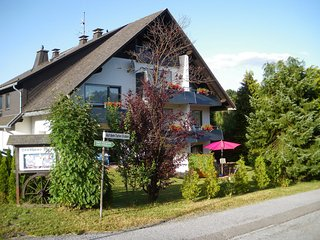 Romantic 1 bedroom Willingen Apartment with Internet Access - Willingen vacation rentals