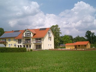 Beautiful Condo with Internet Access and Television - Asbach Baumenheim vacation rentals