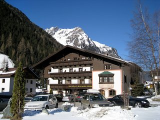 Comfortable Condo with Internet Access and Television - Saint Leonhard im Pitztal vacation rentals
