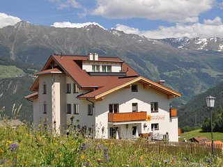 Comfortable 2 bedroom Fiss Apartment with Internet Access - Fiss vacation rentals