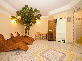 Bright Condo with Internet Access and Television - Ischgl vacation rentals
