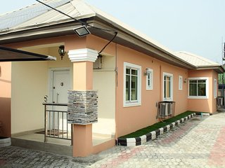Beautiful bungalow - 3 bedrooms - Lagos vacation rentals