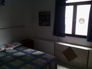 PRIVATE ROOM 2 A PLAYA LAS CANTERAS (Piso compartido) - Las Palmas de Gran Canaria vacation rentals