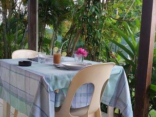 StudioToumblak ( Kaladja, Port-Louis), jardin, piscine , 10 mn plage - Port-Louis vacation rentals