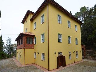 Perfect 12 bedroom Chiusi Villa with Television - Chiusi vacation rentals