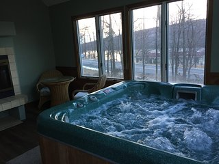 Jacuzzi Room overlooking Big Boulder Lake & Mountain, RecRoom w/Wet Bar,5BR,3Bth - Lake Harmony vacation rentals
