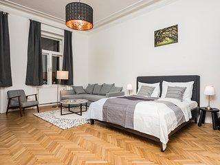 Senator Suite Stephansplatz top 4 - Vienna vacation rentals