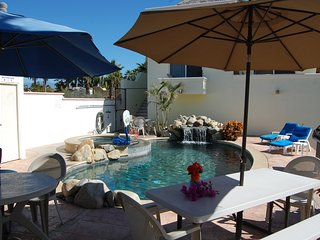 Pescadero Palace 2BR Guest House w/pool, Jacuzzi, and kitchen - El Pescadero vacation rentals