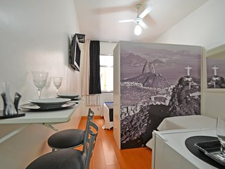 Great Compact Apartment Three Blocks from the Beach #019 U019 - Rio de Janeiro vacation rentals