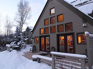Viking Lodge 100AB - Private Home Feel, 900sf Private Deck, Steps To Slopes. - Telluride vacation rentals