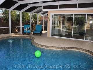 One of a kind 2 bed/1 office furnished Courtyard Villa with Private Pool! - The Villages vacation rentals