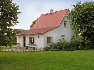 Nice House with Shared Outdoor Pool and Television - Arzberg vacation rentals