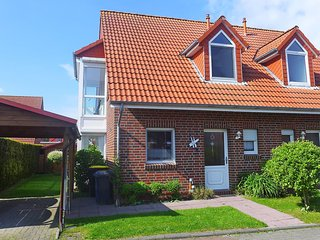 Bright 3 bedroom House in Norddeich with Internet Access - Norddeich vacation rentals