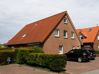 Nice 3 bedroom House in Norddeich - Norddeich vacation rentals