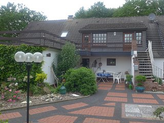 Nice Condo with Television and Balcony - Hage vacation rentals