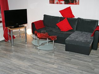 Beautiful Gelsenkirchen Apartment rental with Television - Gelsenkirchen vacation rentals