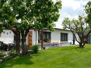 Nice 1 bedroom House in Graefenroda - Graefenroda vacation rentals