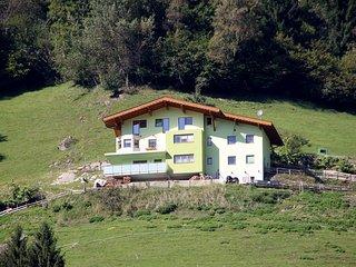 Bright 3 bedroom Condo in Zell Am Ziller - Zell Am Ziller vacation rentals