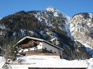 Beautiful 9 bedroom Saint Leonhard im Pitztal House with Television - Saint Leonhard im Pitztal vacation rentals