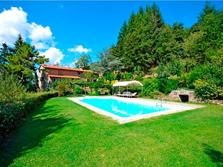 Comfortable Villa with Internet Access and Television - Pastrengo vacation rentals