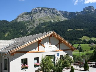 Comfortable House with Internet Access and Shared Outdoor Pool - Annaberg-Lungotz vacation rentals